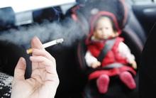 Cảnh tỉnh từ chuyện Bella phả khói thuốc vào mặt con: Nguy cơ đột tử ở trẻ rất cao!