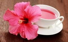 Có 2 cách uống trà hoa dâm bụt để giảm huyết áp, chống viêm trong cơ thể và giảm cân rất tốt