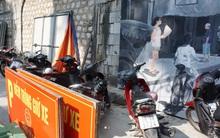 Hà Nội: Phố bích họa Phùng Hưng từng được kỳ vọng là điểm đến của du khách giờ bị lấn chiếm làm bãi trông xe