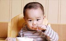 Đừng ép con ăn bằng bốn chữ: