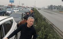28 Tết, cao tốc Pháp Vân - Cầu Giẽ tắc nghẽn suốt nhiều giờ kéo dài đến tận trạm thu phí