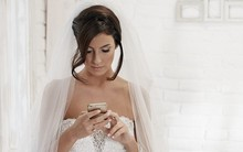 Sai lầm lớn nhất của cuộc đời em là mời người yêu cũ đến dự đám cưới