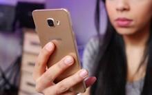 Giang sơn dễ đổi, bản tính khó dời: Không trả lời tin nhắn người yêu vì điện thoại hết pin, phải sạc trong… 3 ngày