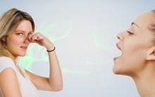 Nha sĩ tiết lộ nguyên phổ biến nhất khiến hơi thở nặng mùi và cách tự kiểm tra miệng mình có bị hôi không