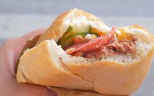 Hà Nội vẫn còn những hàng bánh mì nổi tiếng siêu rẻ, chỉ dưới 15k một chiếc bánh đầy đặn