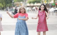 Trấn Thành, Trường Giang, Hoa hậu Kỳ Duyên, Hương Giang bất ngờ vác bụng bầu vượt mặt làm náo loạn đường phố