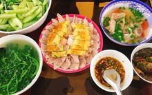 Nấu cho chồng ăn là chuyện xưa rồi, các chị giờ còn thi nhau khoe được chồng nấu cho mâm cơm toàn