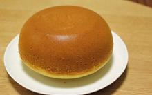 Làm bánh chẳng cần lò nướng, chẳng cần máy đánh trứng, cứ trộn bột và trứng trong nồi này là xong