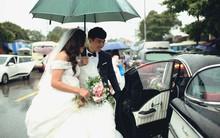 Hà Nội: Màn rước dâu bằng dàn xế cổ dưới trời mưa khiến bao người trầm trồ