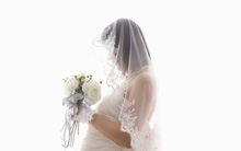 Bị vứt bỏ lúc bụng mang dạ chửa, tôi có nên chi ra 20 triệu để thuê chính bố đứa trẻ làm đám cưới giả?