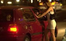 Có nên coi mại dâm là một nghề? Chúng ta đang tranh luận còn một số nước đã hợp pháp hóa mại dâm