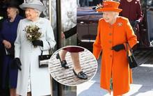 Diện đồ màu sắc là thế nhưng Nữ hoàng Anh Elizabeth II chỉ trung thành với đôi giày da đen đơn giản