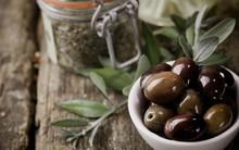 Kết hợp quả olive trong bữa ăn để nhận được đủ 6 lợi ích tuyệt vời, trong đó có cả giảm cân