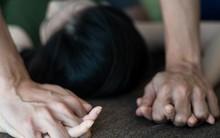 Câu chuyện về người phụ nữ không thể chăm sóc nổi con mình vì kí ức bị hãm hiếp 16 năm trước đeo bám