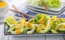 Salad bơ dưa chuột thanh mát cho ngày oi nóng