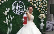 Có những người dành cả tuổi thanh xuân để đi ăn cưới và nghĩ trò 'troll' cô dâu chú rể