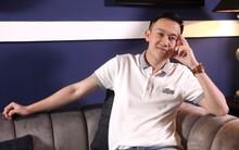LIVESTREAM: Dương Triệu Vũ lên tiếng trước tin đồn đồng tính, hé lộ cuộc sống ít ai biết của Hoài Linh