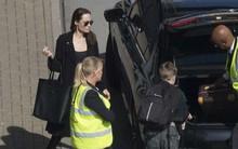 Thực hư chuyện Angelina Jolie mang hai con tới đám cưới Hoàng gia Anh