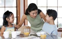 Thử các cách này, các mẹ sẽ bớt cằn nhằn và la mắng con