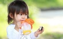 Nếu đang cho con dùng cốc tập uống, thì đây là lý do mà bạn nên suy nghĩ lại