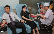 Hơn 250 tình nguyện viên hiến máu nhân đạo hưởng ứng ngày Quốc tế người hiến máu