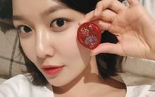 Biết được những sản phẩm làm đẹp yêu thích của các sao nữ xứ Hàn, chị em cũng nên sắm ngay vì có loại chỉ hơn 200.000 VNĐ