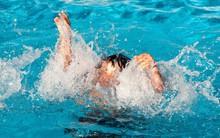 Nghệ An: Rủ nhau ra khe suối tắm, hai bé trai 7 tuổi đuối nước thương tâm