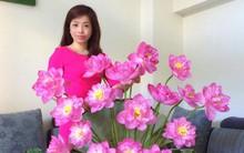 Mê mẩn ngắm những bình hoa sen đẹp tinh tế của người phụ nữ dịu dàng đất Hà Thành