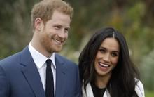 Hoàng tử Harry cùng vợ chưa cưới sang Pháp đi nghỉ lễ bằng vé hạng phổ thông, ngồi hàng ghế sát toilet