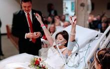Quyết không để cái chết chia lìa, chàng trai cưới người con gái mình yêu ngay trên giường bệnh