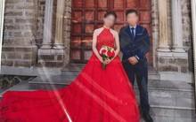 Lặn lội từ phố núi xuống Nha Trang chụp ảnh cưới, chú rể chê ảnh xấu, đòi