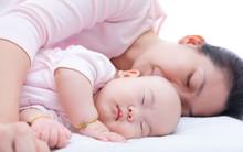 Từng cho con ngủ chung nhưng khi sinh con thứ 2, bà mẹ này đã nhất quyết cho ngủ riêng