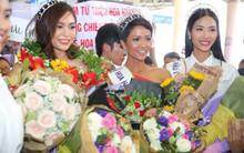 Sân bay Tân Sơn Nhất tắc nghẽn khi top 3 Hoa hậu Hoàn vũ Việt Nam xuất hiện