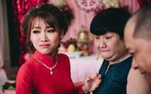 Câu chuyện đằng sau hành trình yêu thương của cô em gái bị não úng thủy dặn chị trong ngày cưới: