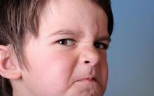 Cách hay giúp bố mẹ dạy con kiềm chế những cơn cáu giận