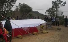 Dòng người đội mưa viếng Đại tướng Võ Nguyên Giáp ngày mở cửa mộ