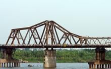 Ngỡ ngàng vẻ đẹp của 6 cây cầu bắc qua sông Hồng