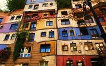 Những ngôi nhà có mặt tiền rực rỡ sắc màu