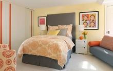 Phòng ngủ với gam màu xám sang trọng và vàng thanh lịch