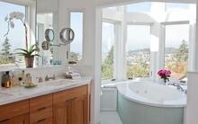 Những phòng tắm có view xuyên thấu làm say đắm lòng người