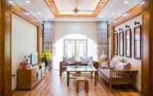 Ấn tượng với ngôi nhà 4 tầng sử dụng toàn nội thất gỗ ở Hà Nội