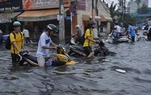 Sài Gòn đêm nay và đêm mai mưa lớn