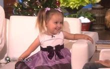 Bé gái 3 tuổi gây bất ngờ với trí nhớ siêu việt