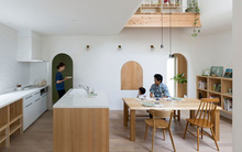 Ngôi nhà màu trắng có nhiều cửa vòm rất đỗi bình yên của gia đình 3 người ở Nhật