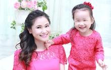 """""""Ngả mũ"""" thán phục trước khả năng giao tiếp bằng tiếng Anh và tiếng Trung của bé Mina 3 tuổi"""