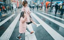 """""""Cùng nhau đi trốn"""" - Bộ ảnh xinh ơi là xinh của mẹ và con gái chụp ở Hàn Quốc"""