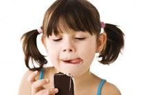 Những tác hại khi cho con ăn nhiều đồ ngọt