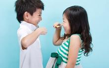 Mẹ nên cân nhắc khi cho con dùng bàn chải đánh răng điện