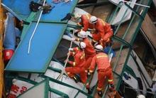 Kinh hoàng thang máy rơi từ tầng 18, 8 người thiệt mạng