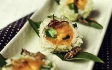 Xôi bọc trứng muối nóng hổi ngon khó tả ăn là mê!
